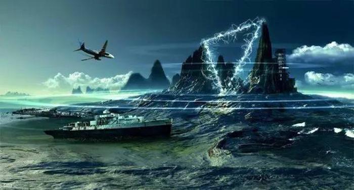 真实灵异事件:幽灵船失踪40年后重现百慕大.jpg