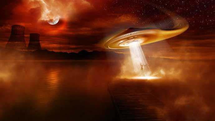 全球最新UFO真实照片曝光!_.jpg
