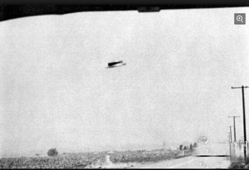 最真实ufo照片曝光6jpg.jpg