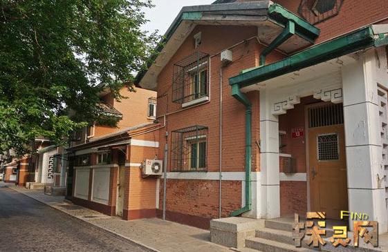 南宁百年庄出现闹鬼事件,大楼无人居住