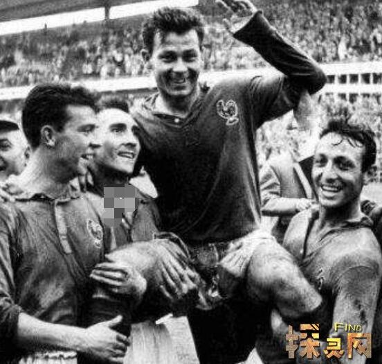 史上最精彩进球_足坛史上进球最多运动员是谁,德国轰炸机盖德.穆勒(1461粒 ...